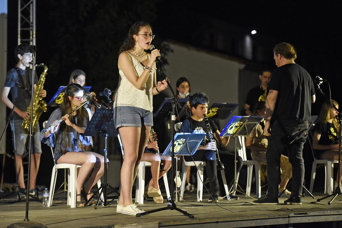 gençana big band en gala clausura festival de cine pantalla alborache